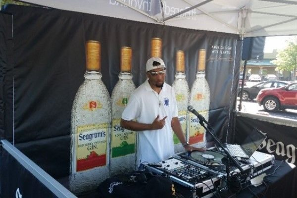 Seagram's Gin Calendar: Promotional Models Campaign